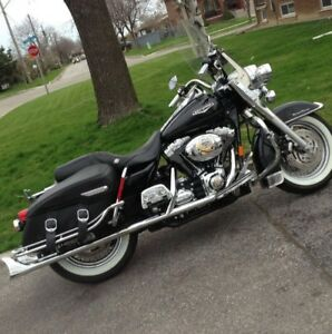 2007 HARLEY DAVIDSON ROAD KING CLASSIC!!! **REDUCED!!**