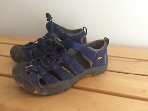 Keen Sandals size 4 (36) barely used