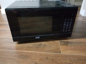 Brand New. Never Used. Master Chef Microwave Oven.