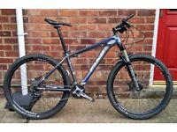 Fuji Tahoe 1.1 27.5, Hardtail mountain bike MTB size 17 + Extras (bought Sep 2016)