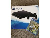 Sony PlayStation 4 + FIFA 17