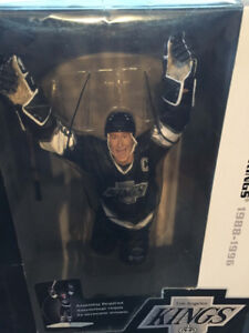 NHL Sportspicks 12 Inch Series Wayne Gretzky (Los Angeles Kings)