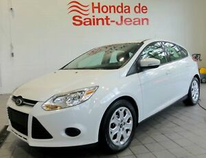 Ford Focus Hayon 5 portes SE Automatique A/C Sieges Chauffants