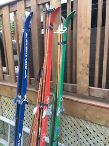 Classic cross country skis