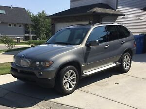 2006 BMW X5 4.4i - Fully Loaded - Immaculate Condition