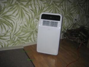 Air Conditional portable 8,000 BTU  Insignia