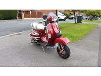 Vespa T5 125cc with 152cc kit but reg as 125. Custom Union Jack side panels