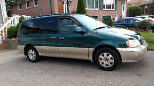 2002 Kia Sedona EX Minivan, Van - AS IS - Best Offer