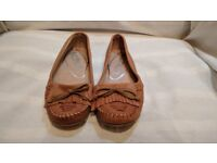 Light Brown Leather Schuh Womens Shoes Size 5