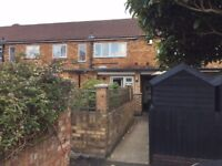 2 bed to rent in feltham