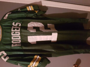 Green Bay Packers. Rogers #12