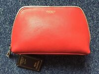 OSPREY Makeup Bag - Large, Red, BNWT