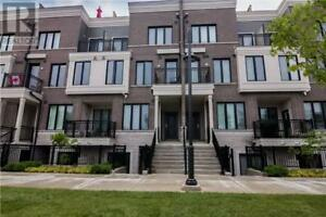 Nice room with private bathroom,5min to Humber college Lakeshore
