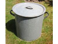 Vintage retro heavy duty galvanised large metal bin with lid