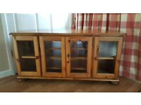 TV Cabinet in solid pine with glass doors