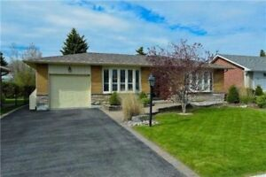 3 Bedroom Detached Bunglow House by the Lake for Rent Ajax
