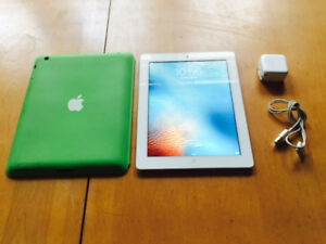 Apple Ipad 2, White, 16 Gigs, Smart Case, Usb Cable, Wall Plug