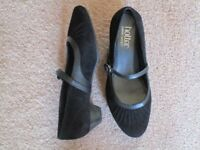 Hotter size 4 black leather and suede buckle and strap fastening shoe. Never worn.