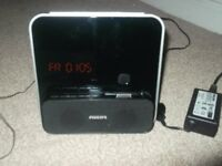 Philips DC315 ipod & iphone 3/4 docking station