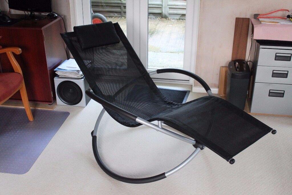 Saturn Rocker Folding Chair