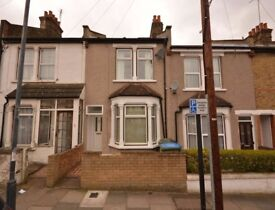 Amazing Furnished 3 Bedroom house at Woolwich!! Only £350 PW!!