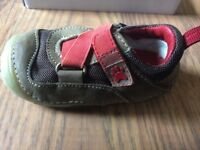 Hush Puppies Baby Pre-walkers shoes infant size 3F – in great condition (only worn indoors)