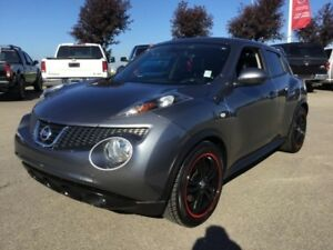 2014 Nissan JUKE SL AWD Navigation (GPS),  Heated Seats,  Back-u