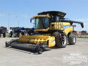 2014 NH CR9090 Combine - LOADED! - 24 Months Interest FREE!