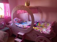 Girls Princess carraige bed ****Stunning****