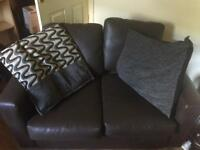 2x 2 seater leather sofa's (gone pending collection)