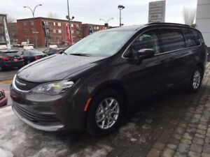 Chrysler Pacifica 4dr Wgn LX 2017