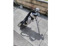 Golf club set with bag, clubs and cover (junior or small adult)