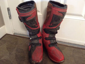 Thor boots size 10