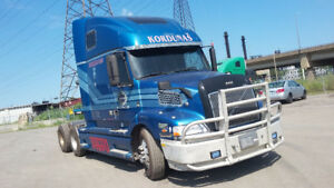2000 Volvo 660 Truck for sale!!!