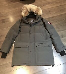 Mint men's Canada goose jacket