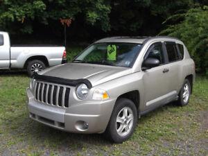 "2009 Jeep Compass ""Limited"" Wagon"