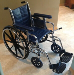 Invacare Tracer DLX Folding Wheelchair