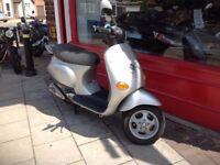 Piaggio Vespa ET2 50cc 4 stroke