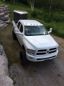 2012 Dodge Cummins lifted 36,000**