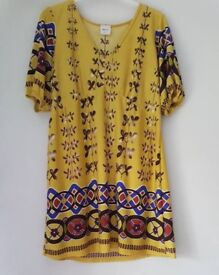 Size 16 printed tunic