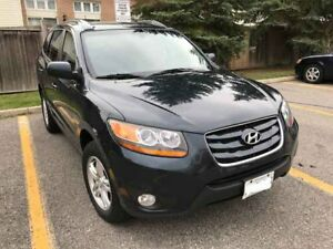 2010 Hyundai Santa Fe - Mint Condition