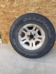 4 Tires mounted on rims size P235/75R15