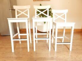 3 Bar stools with backrest INGOLF White.