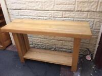 Oak side stand table