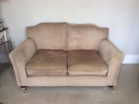 GORGEOUS COMFORTABLE SOFA FOR SALE RRP £600