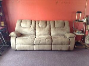 Recllining couch