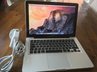 Macbook Pro 13 Mid 2010, 4GB RAM, 2.4 GHz Core 2 Duo, 250GB HDD