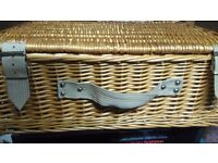 Picnic Hamper (Brand New)