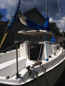 Sailboat kells 23 with trailer and motor