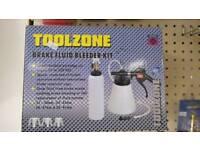 Brake fluid bleeder kit